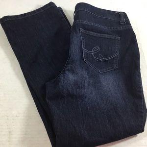 Christopher & Banks Modern Fit Jeans 10 Short